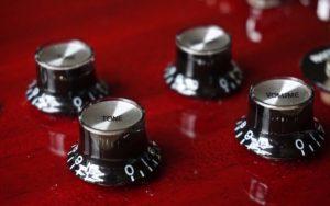 volume and tone controls